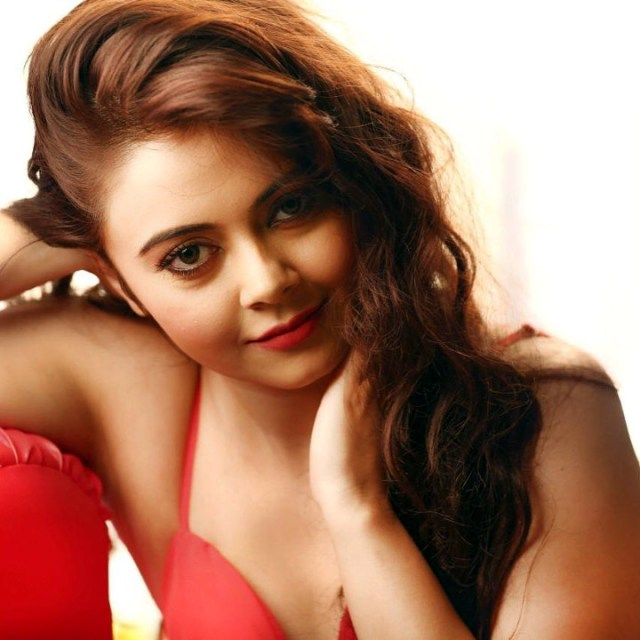 Devoleena Bhattacharjee hindi tv actress CTS2 9 hot glamour photo