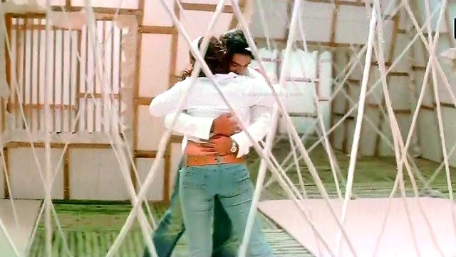 Jyothika tamil film actress Manmadhan S1 8 hot caps