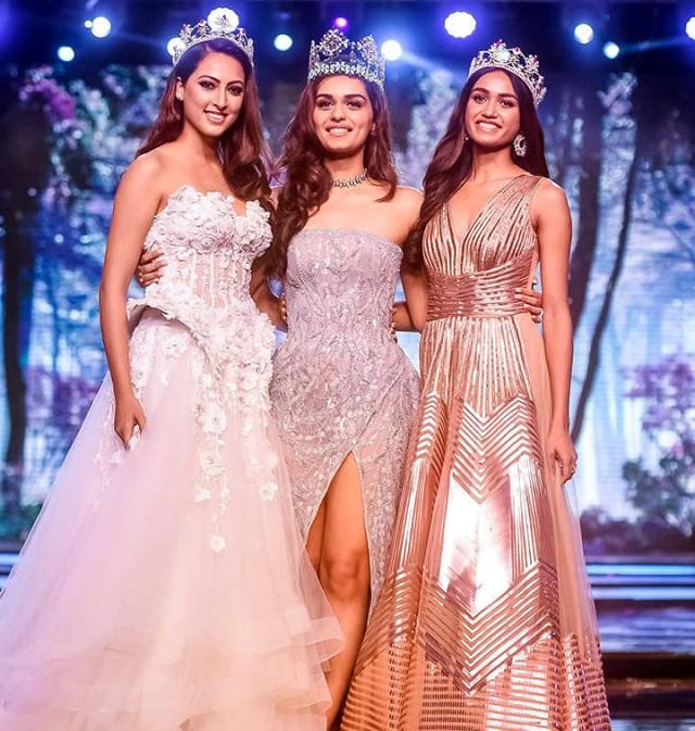 Manushi Chillar at Miss world 2018 Final 13