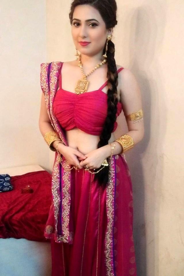 Naazuk Lochan Hindi TV actress JijiMS1 12 hot lehenga photo