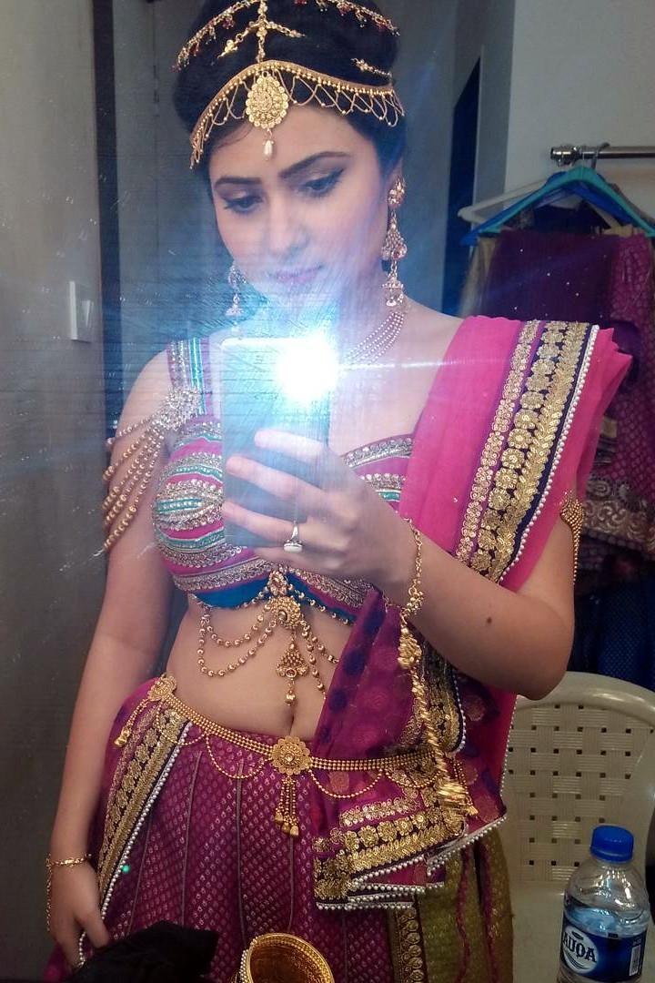 Naazuk Lochan Hindi TV actress JijiMS1 13 hot lehenga pics