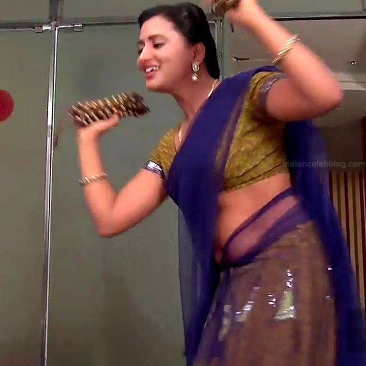 Princy B Krishnan aka Amrutha Telugu Tv actress Kumkuma PS2 12 hot saree photo