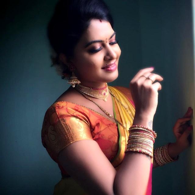 Rachitha Mahalakshmi Tamil TV actress CTS1 2 hot saree photo