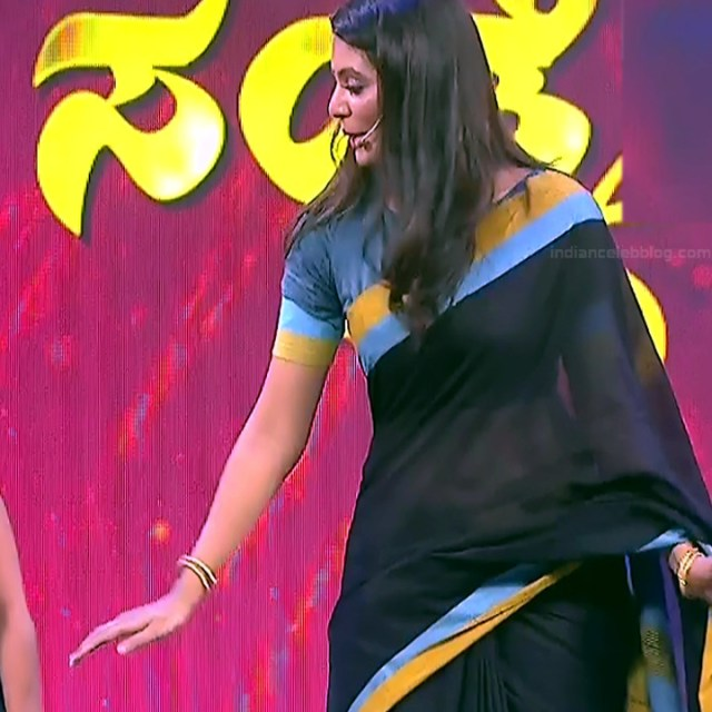 Shwetha R Prasad Kannada TV actress Radha RS1 11 Sari photo