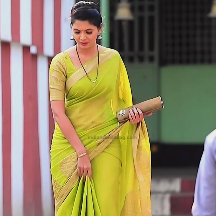 Shwetha R Prasad Kannada TV actress Radha RS1 8 Sari pics