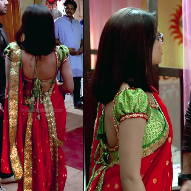 Sonal Vengurlekar hindi tv actress YehVRS8 8 hot backless saree phot backlesso