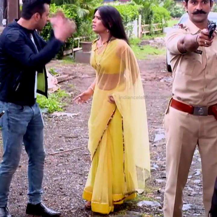 Sonal Vengurlekar TV actress Yeh VRS7 18 hot saree photo