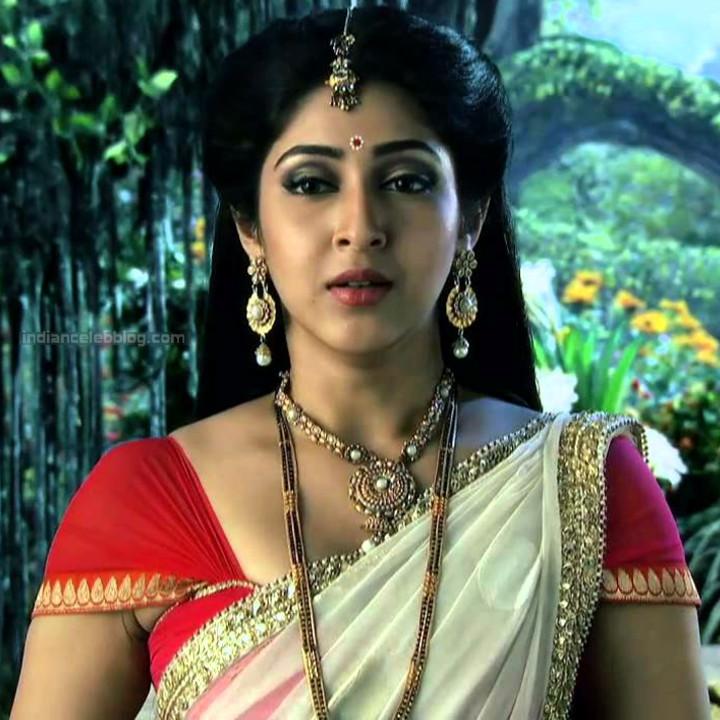 Sonarika Bhadoria Tv actress Devon ke dev CTS1_16_Sari image