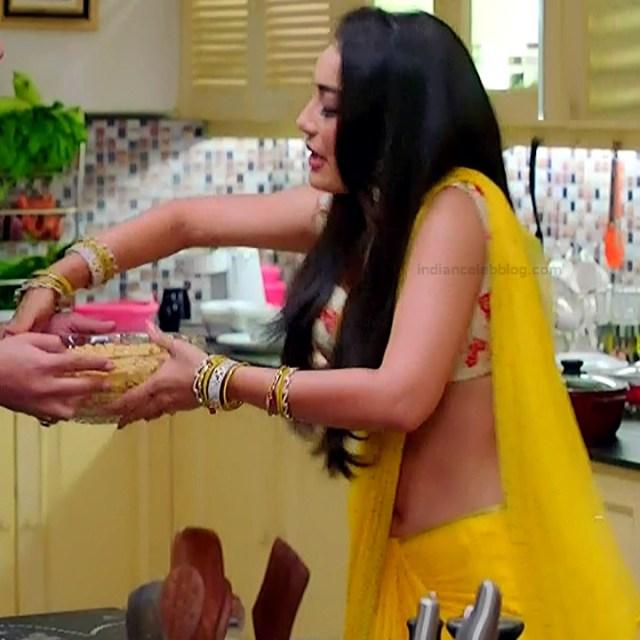Surbhi Jyoti Hindi TV Actress Naagin 3S2 4 hot saree photo