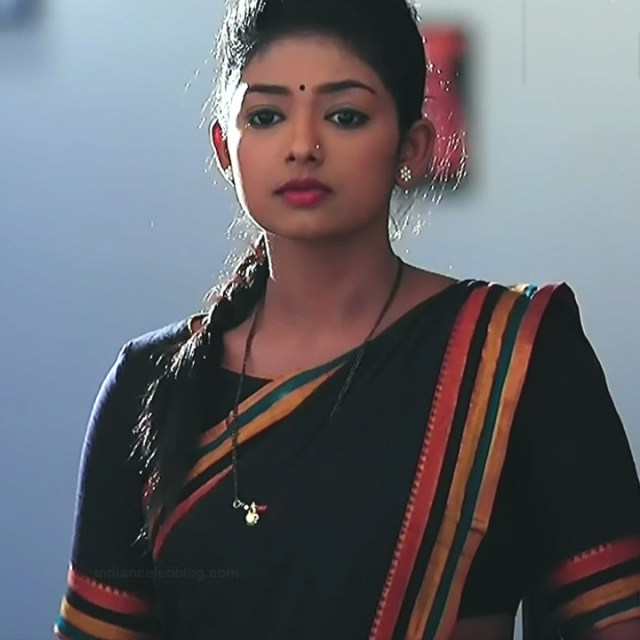 Bhoomi Shetty tv actress Kinnari S3 9 hot saree photo