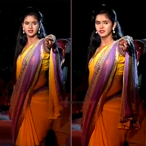 Chaitra reddy Tamil tv actress Yaarudi NMS1 19 hot saree caps