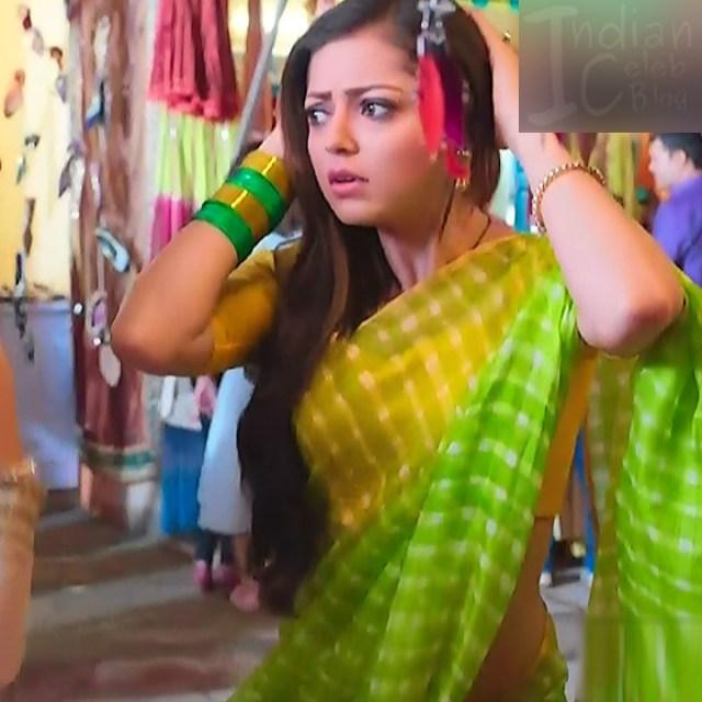 Drashti dhami hindi tv actress Silsila BRKS3 4 hot saree photo