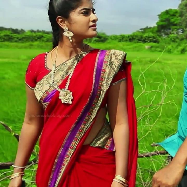 Keerthana podwal tamil tv actress ganga S1 7 hot saree photo