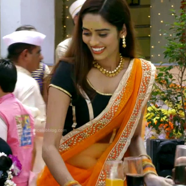 Neha saxena hindi tv actress Siddhi VS1 1 hot saree caps