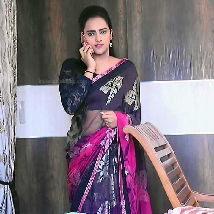 Priyanka Kannada TV actress Agnisakshi S16 hot saree photo