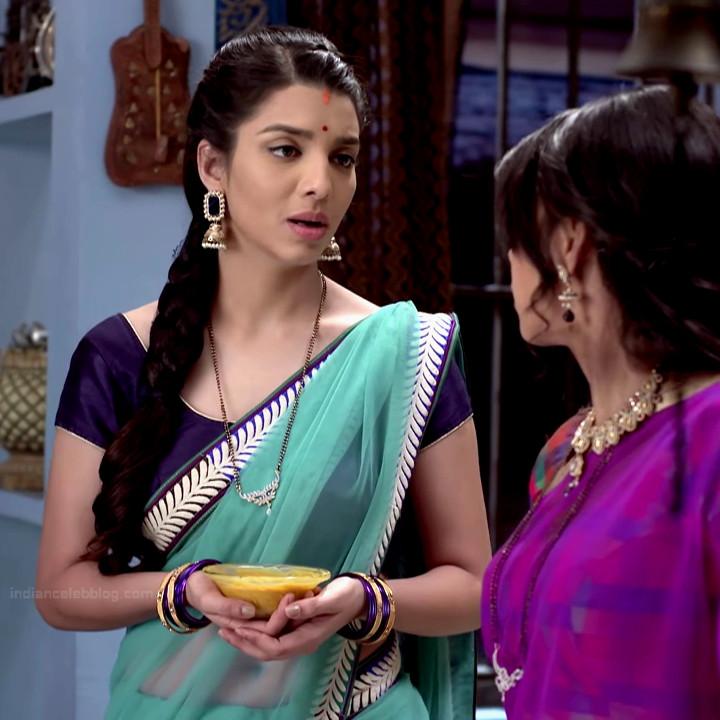 Riya deepsi hindi tv actress begusarai S1 8 saree photo