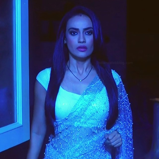 Surbhi jyoti hindi tv actress Naagin S3 15 hot saree photo