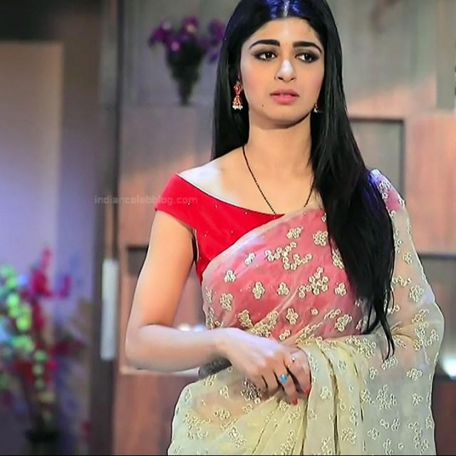 Aditi prabhudeva kannada tv actress Nagakannike S1 2 sari photo