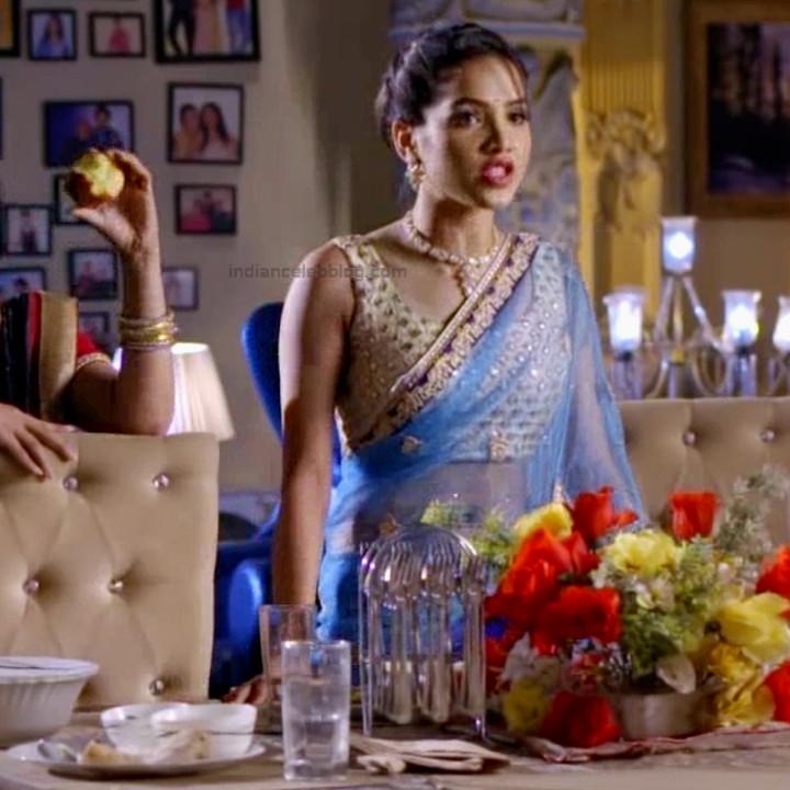 Priyanka bora hindi tv actress Siddhi VS1 11 hot saree caps