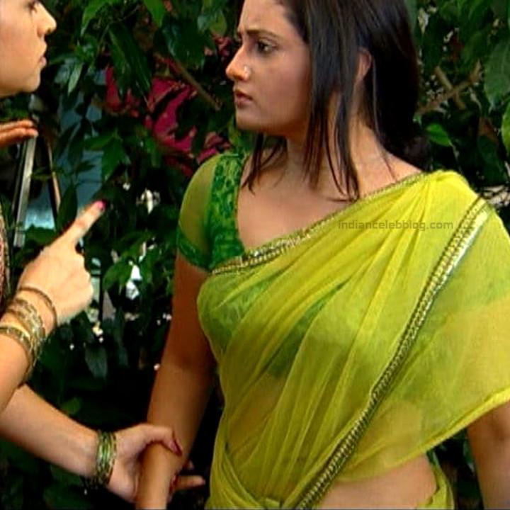 Rashami Desai hindi tv actress Uttaran S1 13 sari caps