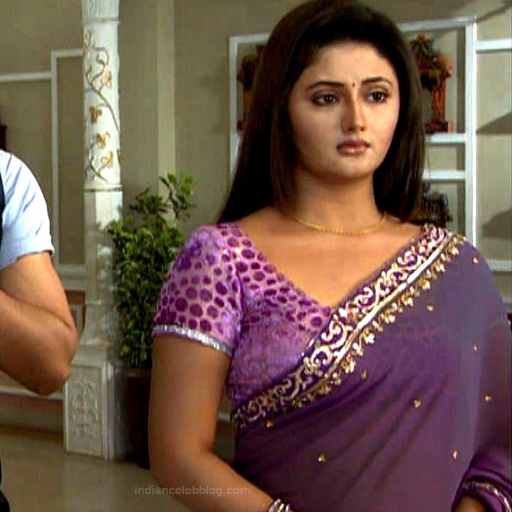 Rashami Desai hindi tv actress Uttaran S1 18 saree caps