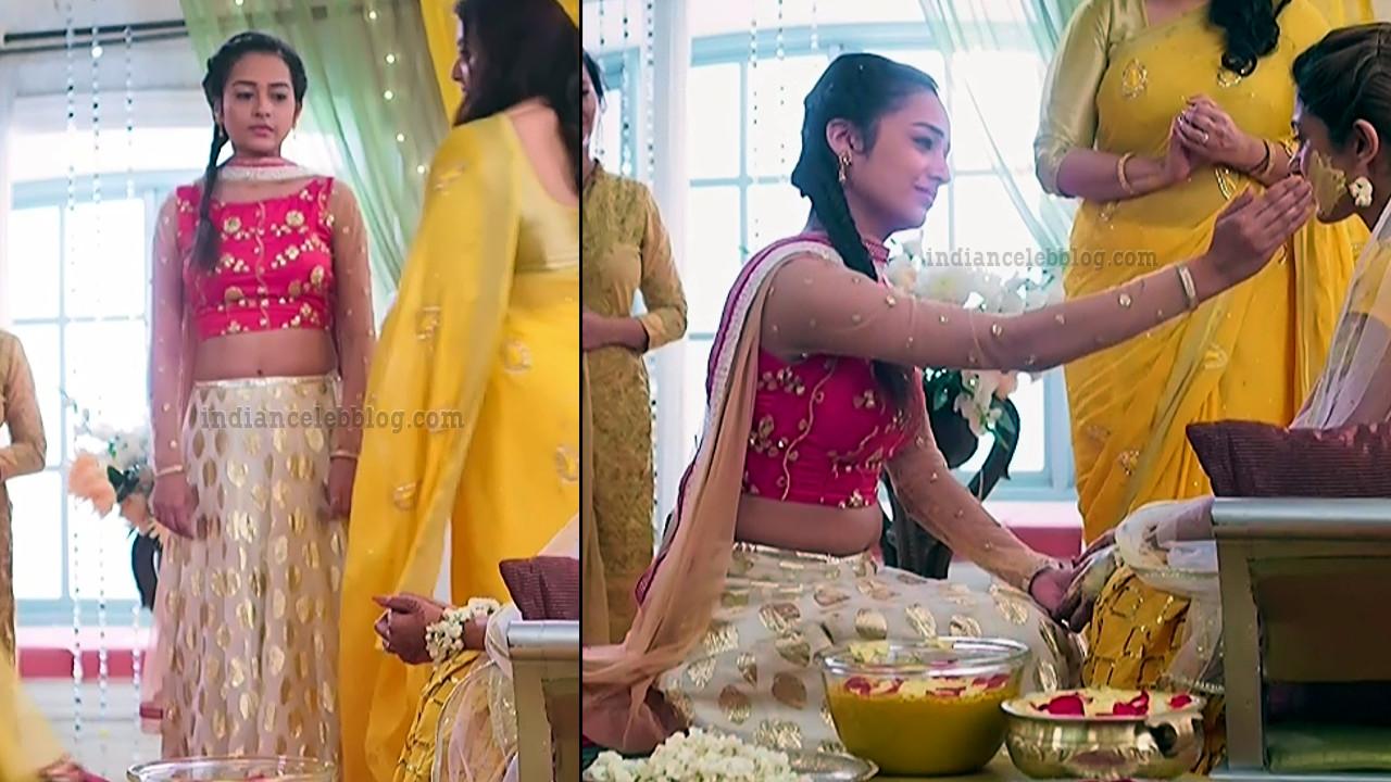 Aanchal goswami hindi TV actress Bepannah S1 11 hot lehehga pics