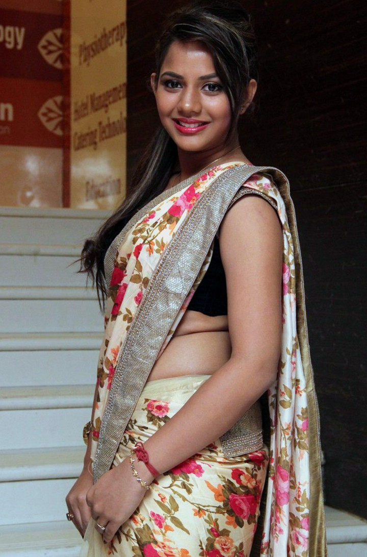 Aishwarya dutta tamil actress stills S1 10 hot sareephoto