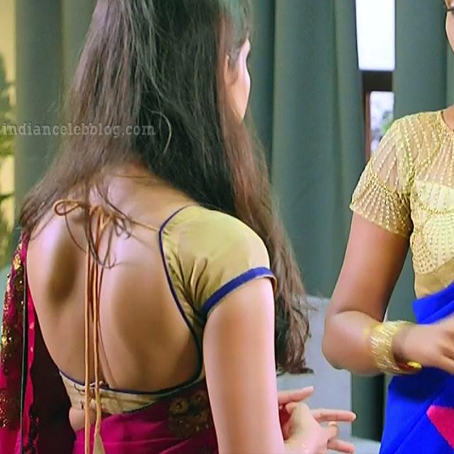 Ayesha tamil TV actress Maya S1 4 hot saree photo