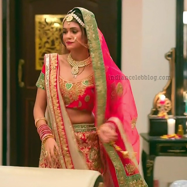 Charvi saraf hindi tv actress Naagin 3S1 14 hot lehenga pic