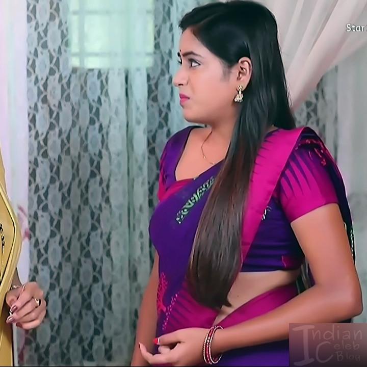 Deepika aradhya kannada TV actress Bili Hendthi S1 6 Saree photo