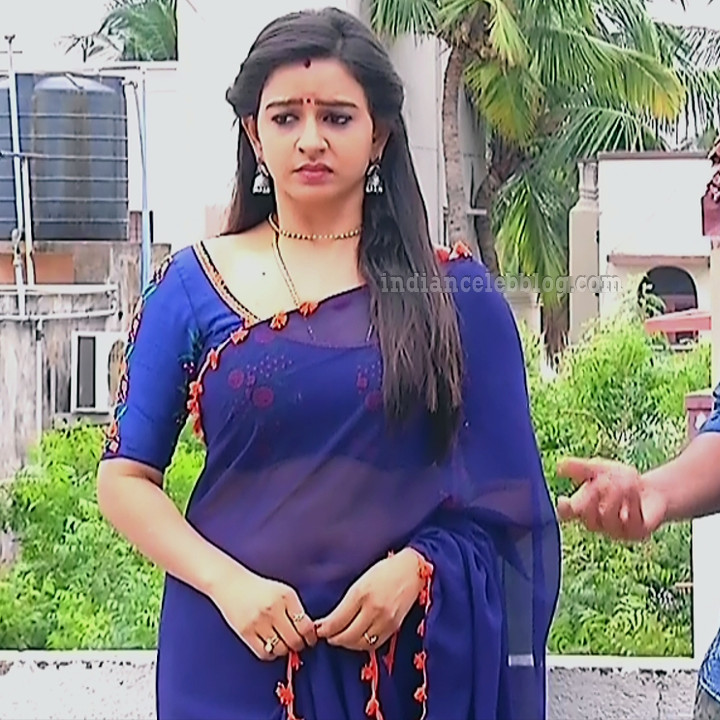 Divya ganesh tamil tv actress sumangali S5 3 saree photo