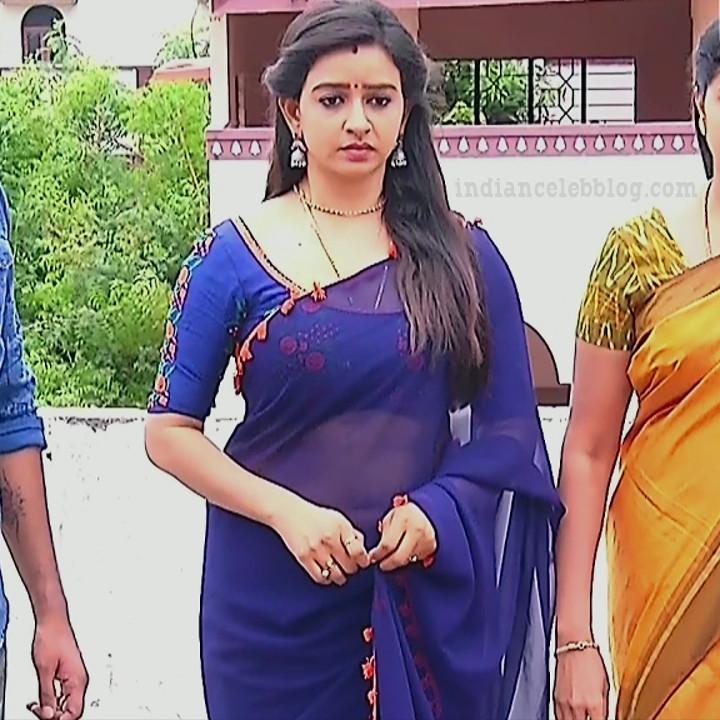 Divya ganesh tamil tv actress sumangali S5 8 sari navel photo