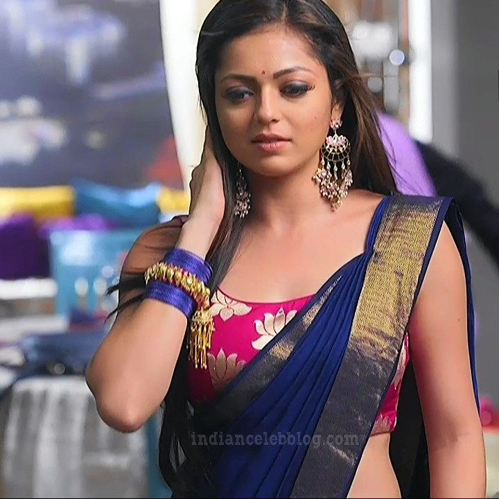 Drashti dhami hindi TV Silsila BRKS5 12 hot Sari photo