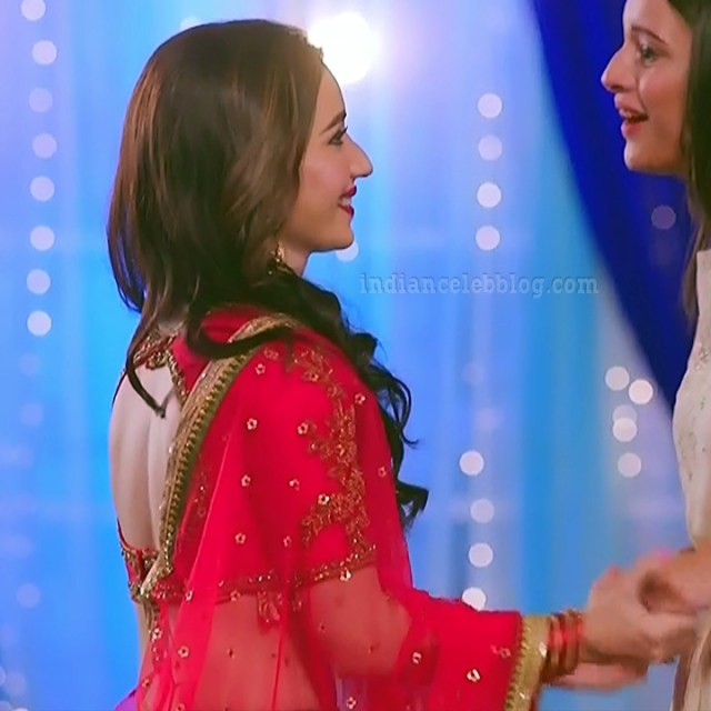 Heli daruwala hindi tv actress Naagin 3S1 4 lehenga pics