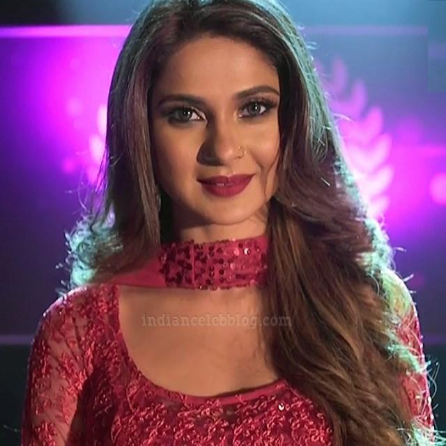 Jennifer winger hindi TV actress Bepannah S1 13 hot gown pic