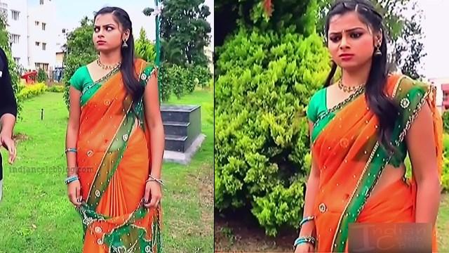 Kannada tv serial actress MiCmpl5 5 hot saree pics