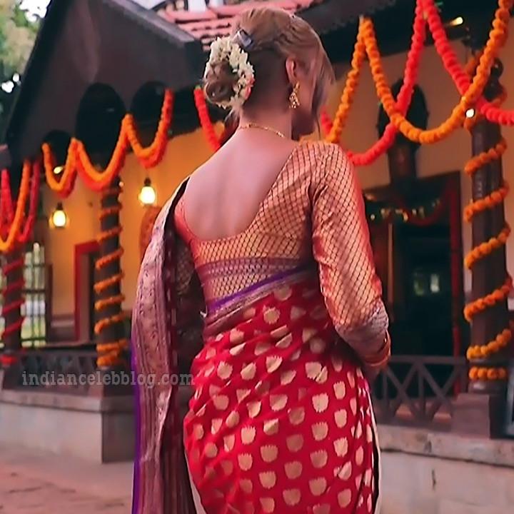 Krystyna devina lason kannada tv actress Bili HS1 3 saree photo