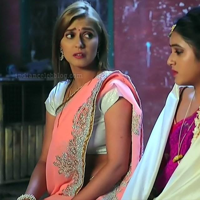 Krystyna devina lason kannada tv actress Bili HS1 5 sari photo