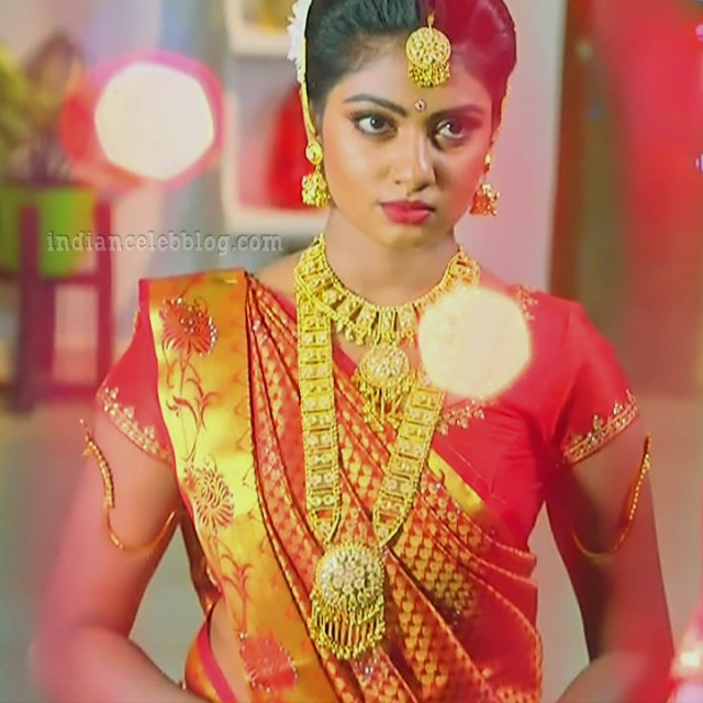 Nakshatra Srinivas Tamil TV serial Maya S1 13 Saree photo