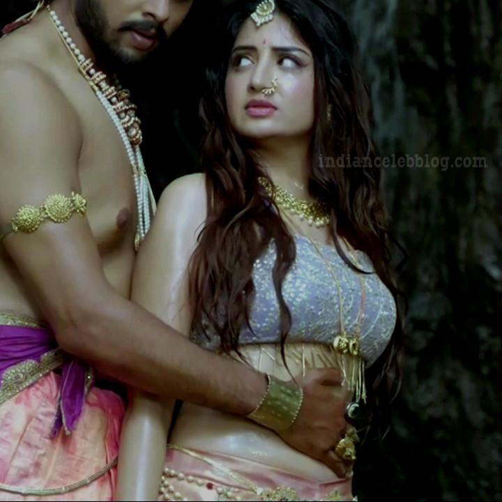 Poonam kaur telugu TV swarna khadgam S1 16 hot pics