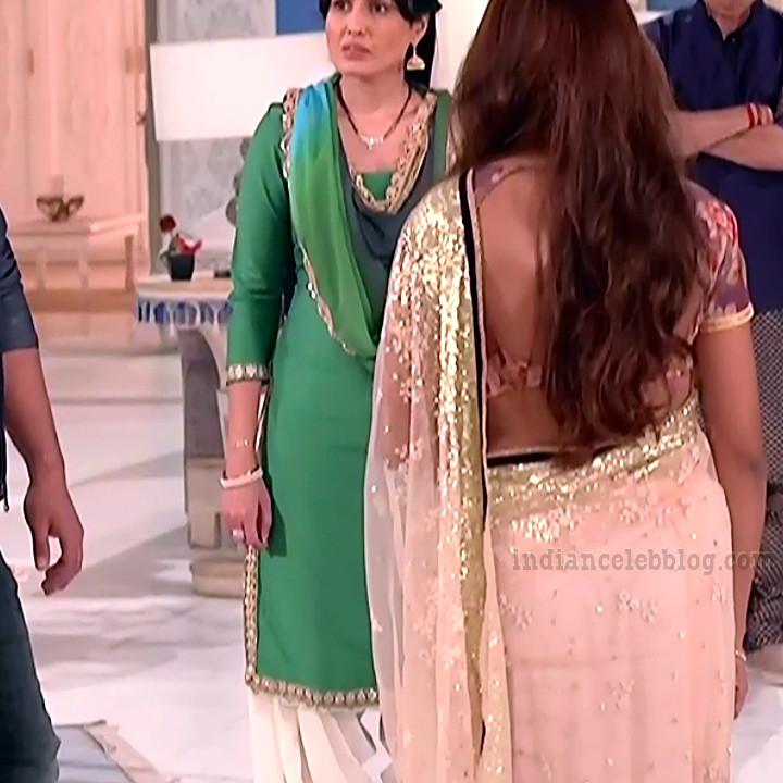 Rubina dilaik Hindi TV actress Shakti AS6 5 hot Saree caps