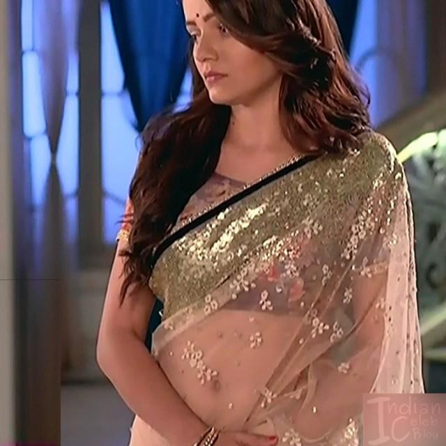 Rubina dilaik Hindi TV actress Shakti AS6 6 hot Saree photo