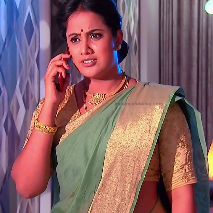 Sravani telugu tv actress Akka MS1 10 hot sari photo