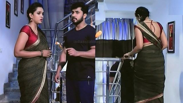 Apoorva bharadwaj kannada tv actress S2 1 saree pics