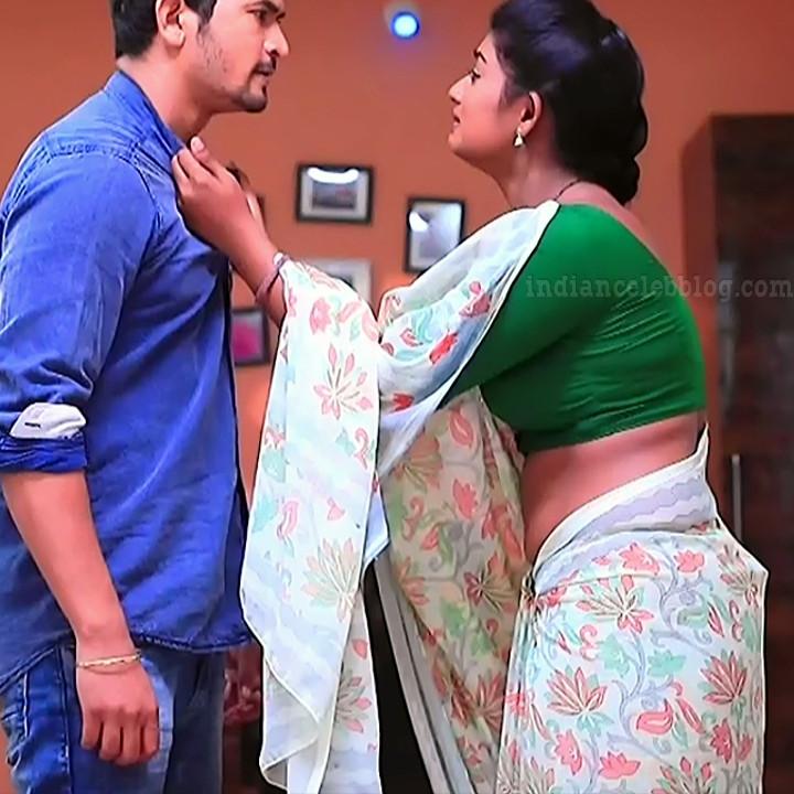 Bhoomi shetty kinnari kannada serial actress S4 9 sari photo