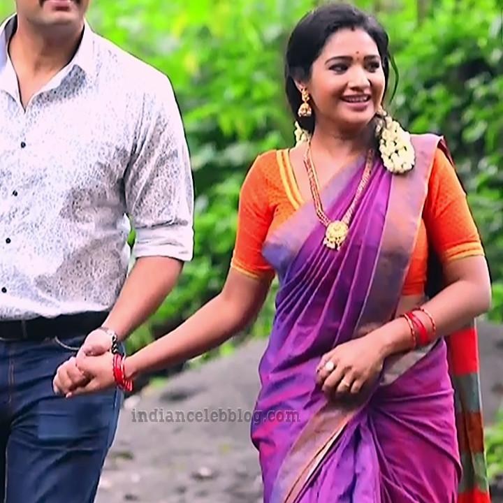 Sharanya turadi nenjam marppathillai actress S1 9 sari photo