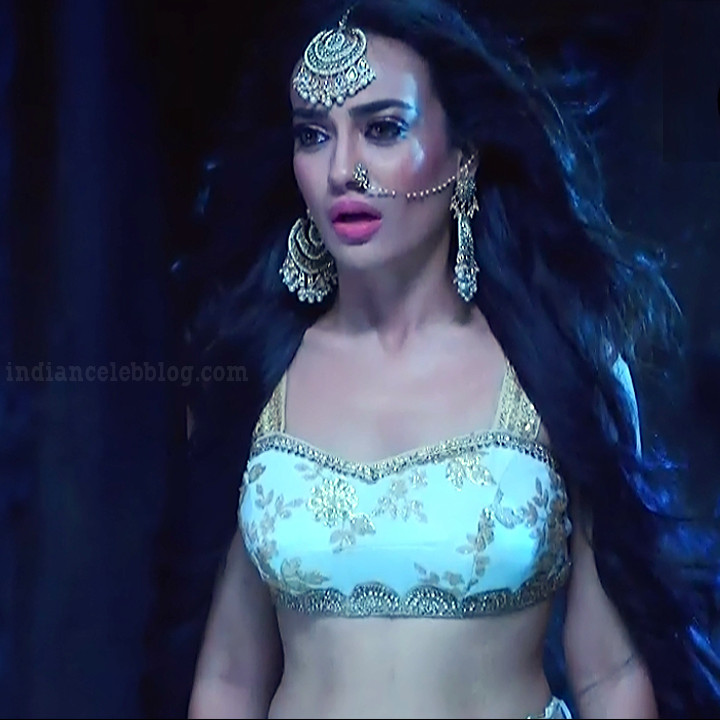 Surbhi jyoti Naagin 3 serial actress S5 20 hot photo