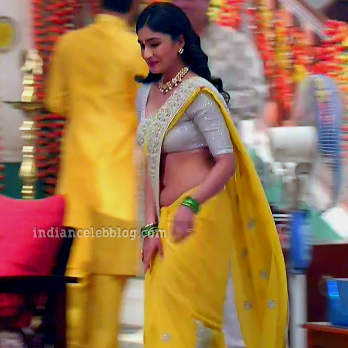 Antara banerjee hindi tv actress kasauti ZKS1 7 hot saree photo