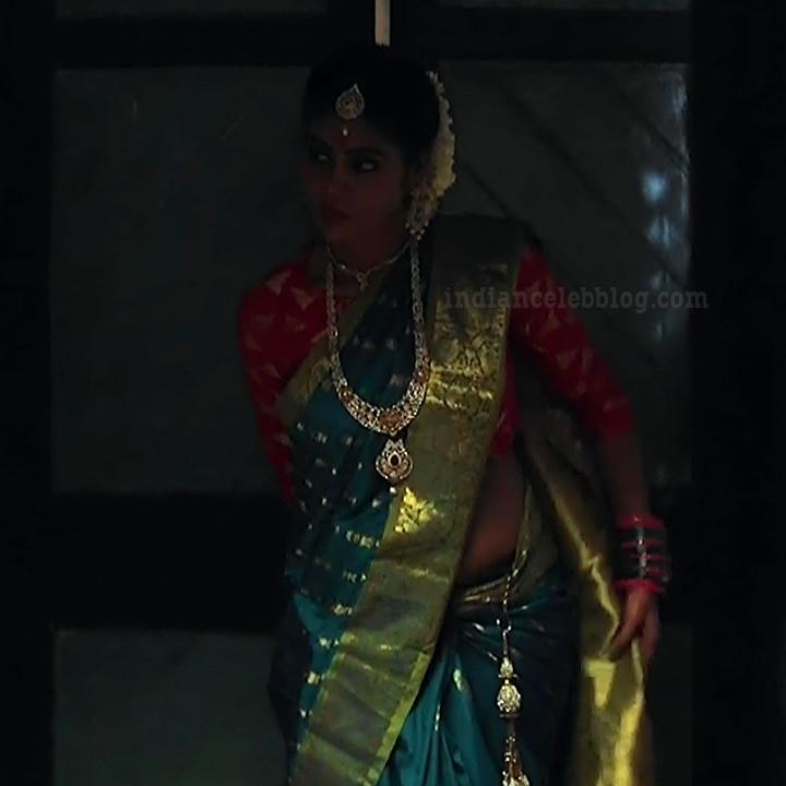 Nivisha tamil tv actress eeramana rojave s1 3 saree photo