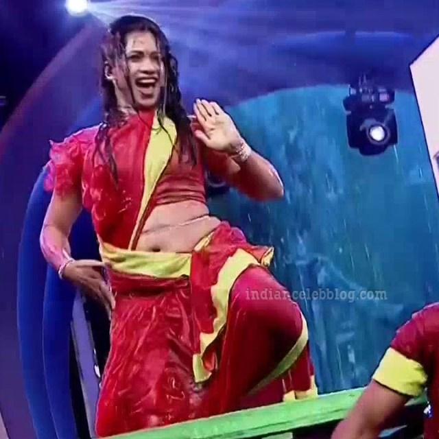 Bhavana Telugu TV anchor rangasthalam dance S1 4 hot navel pic